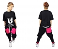 black-sweatpants-pink-accessories